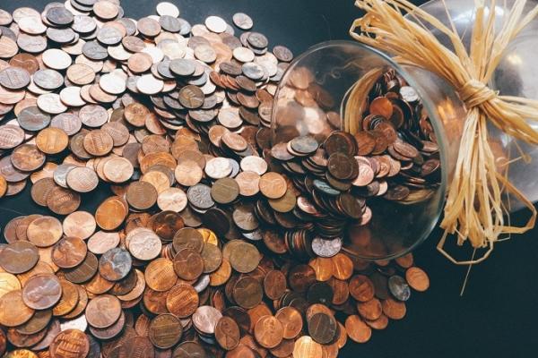 Центробанк купил валюты практически на18 млрд руб.