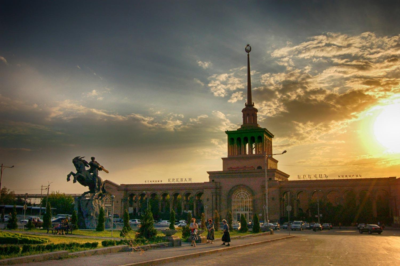 Ереван: Открыт 1-ый официальный автобусный маршрут Москва