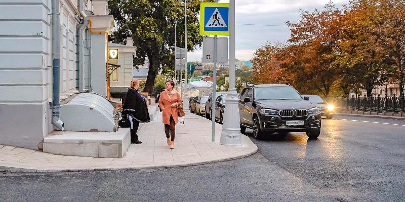 На Рождественском бульваре открыто движение транспорта