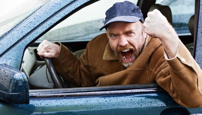 Наклейки на автомобилях как способ общения