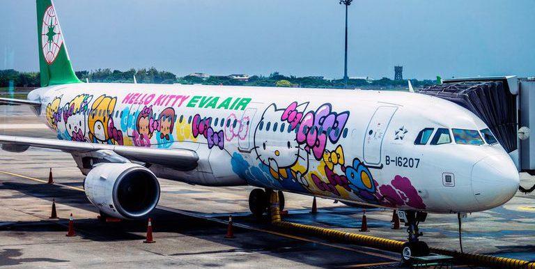 eva-hello-kitty-flight-by-joshua-mellin-jdmellinatgmail-com-atjoshuamellin-joshuamellin-com-plane-exterior-1532007623