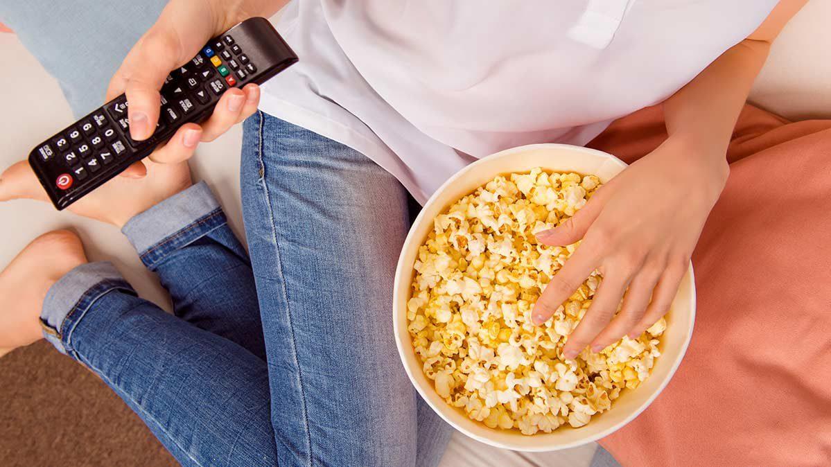 CR-Health-Inlinehero-binge-watching-eat-healthy-0518