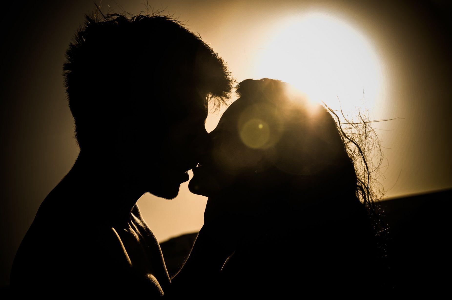 attachment-couple-dark-41068